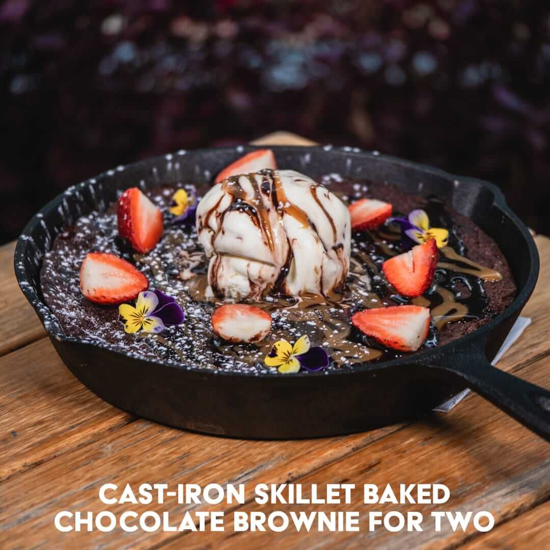 Cast-Iron Skillet Baked Chocolate Brownie