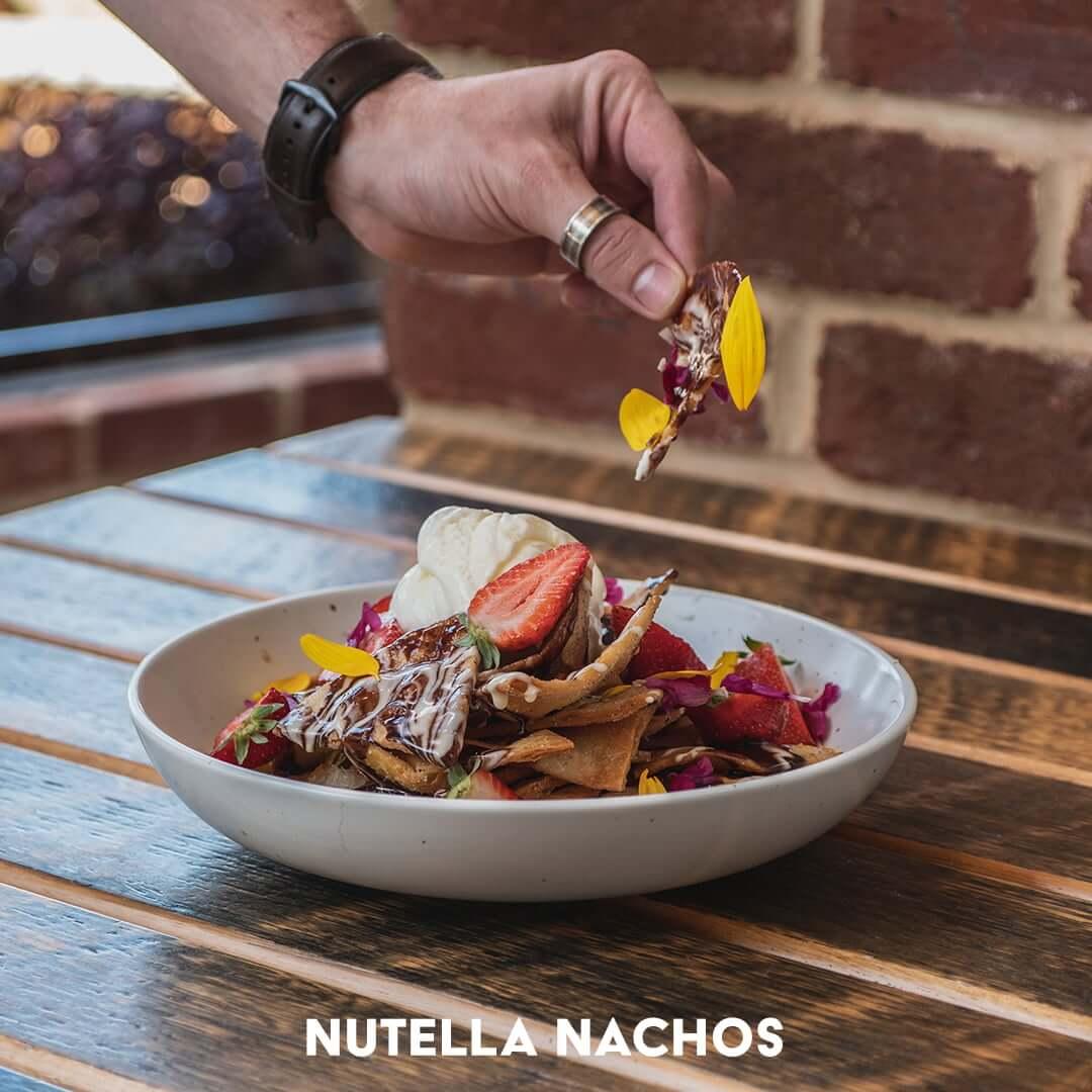 Nutella Nachos